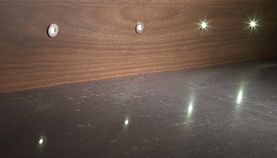 Picture of Round 15mm Single Plinth Light in Cool White SY9937WH