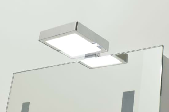 Picture of Capella 240V LED Over Cabinet Light SY8934